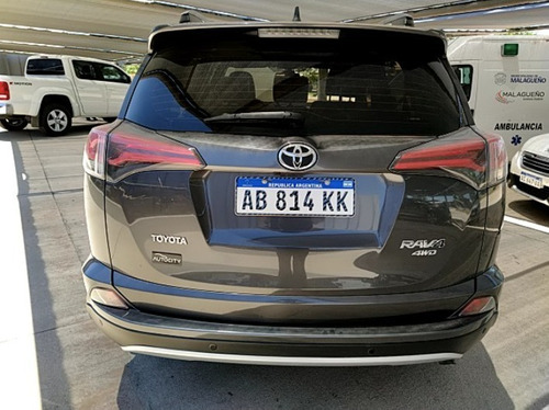 toyota rav4 2.5 vx at