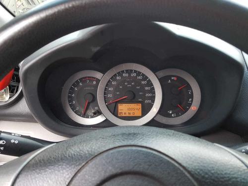 toyota rv4 2010 color rojo 5 puertas