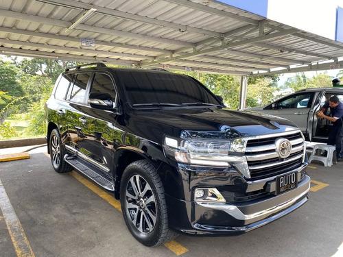 toyota sahara lc200 4.5 diesel, executive lounge 2019 0kms