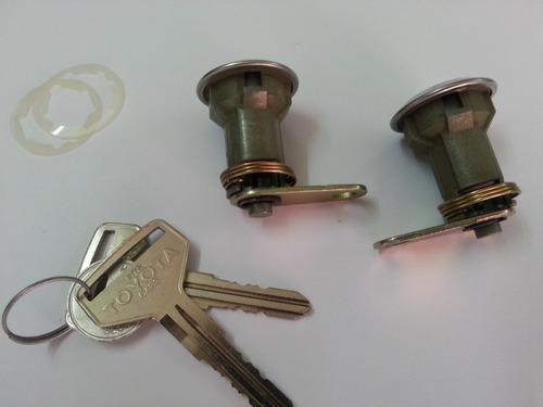 toyota samurai años 81-87 cilindros y llaves de puertas.