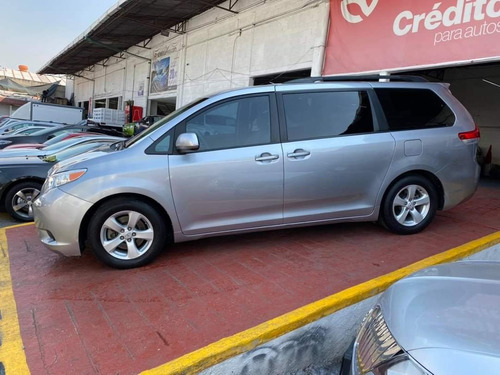 toyota sienna 2012 3.5 ce at