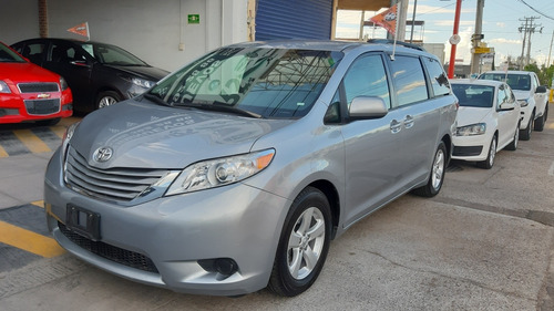 toyota sienna 2017 3.5 le at