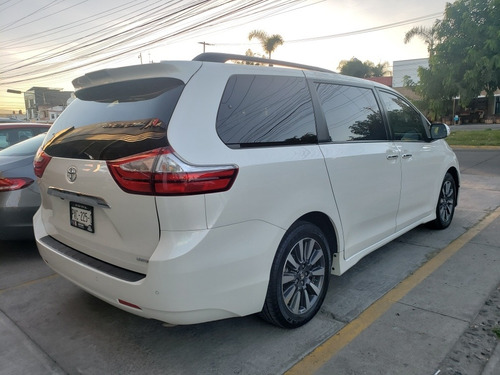 toyota sienna 2018 3.5 limited at