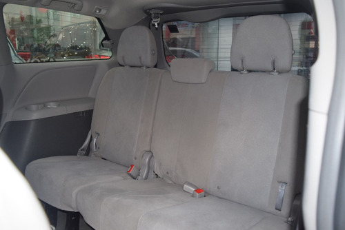 toyota sienna 3.5 ce v6 at