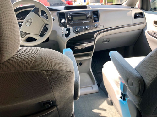 toyota sienna 3.5 le v6/ at
