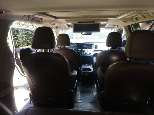 toyota sienna 3.5 limited at 2016