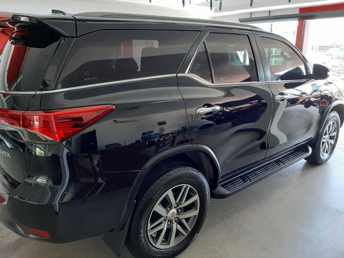 toyota sw4 2.8 srx 177cv 4x4 7as at 2016