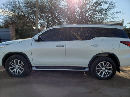 toyota sw4 2.8 srx 177cv 4x4 7as at 2019