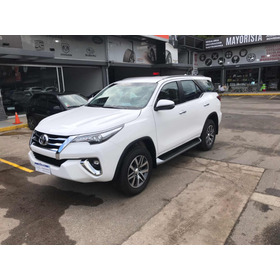 Toyota Sw4 2.8 Srx 177cv 4x4 7as At 2019 Okm En Salon