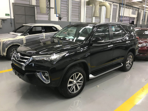 toyota sw4 2.8 t. diesel srx aut. 7lugares 2017 blindado 3-a