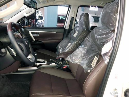 toyota sw4 2.8 tdi srx 7l 4x4 aut. 2018 branca - dasauto