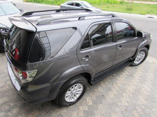 toyota sw4 3.0 srv 4x4 7 lugares turbo diesel (blindada)2015