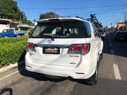 toyota sw4 3.0 srv 7l 4x4 aut. 5p 163 hp 2012