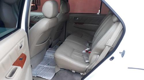 toyota sw4 3.0 srv 7l 4x4 aut. 5p 2011