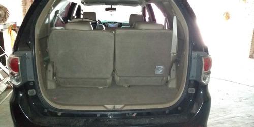 toyota sw4 3.0 srv cuero i 171cv 4x4 2012 7 asientos