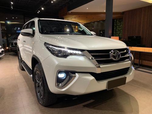 toyota sw4 srx 2.8 turbo 4x4 7lugares- 2018