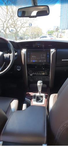 toyota sw4 srx 4x4 automática 7 asientos 2019