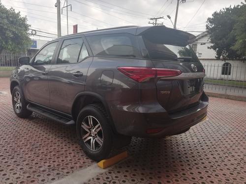 toyota sw4 street diesel - 2019