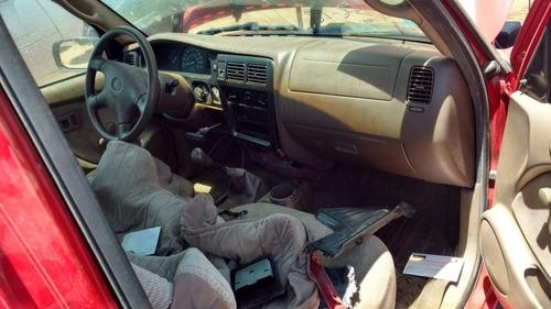 toyota tacoma 2004 para partes desarmando