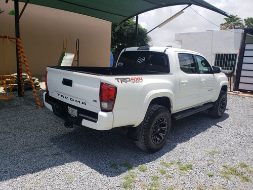 toyota tacoma trd sport 4x4 at 2019