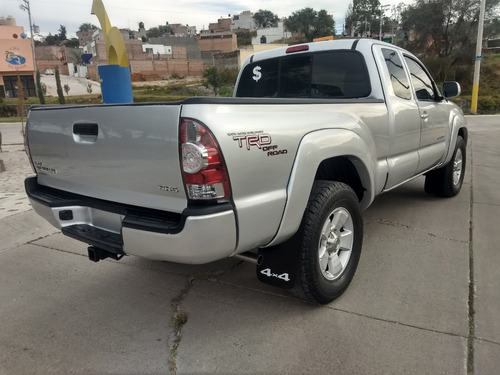 toyota tacoma trd sport 4x4 automatica 6 cilindros