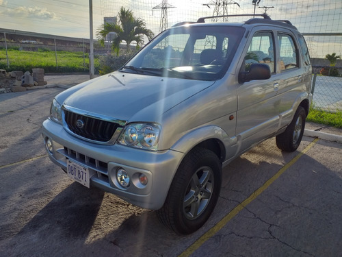 toyota terios lx año 2004 automatica impecable