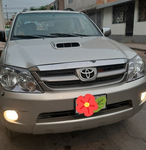 toyota toyota fortuner secuencial