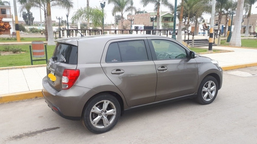 toyota urban cruicer 2014 hatchback  impecable auto ó carro