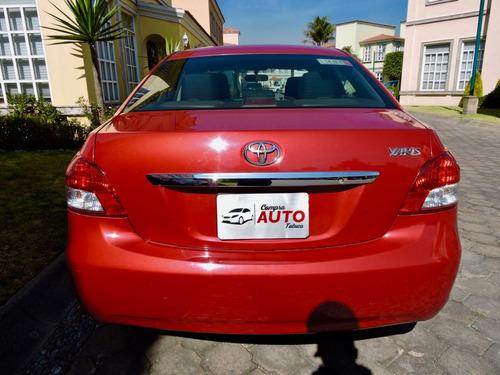 toyota yaris 1.5 premium sedan at 2016 factura original