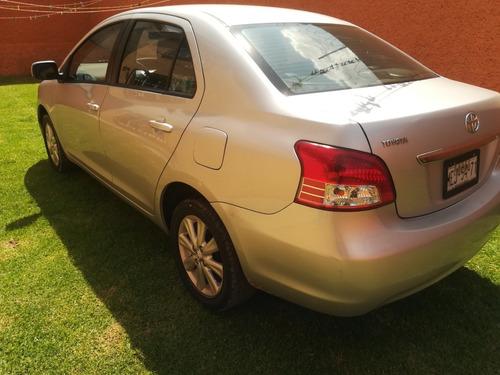 toyota yaris 1.5 sedan premium aa ee ra at