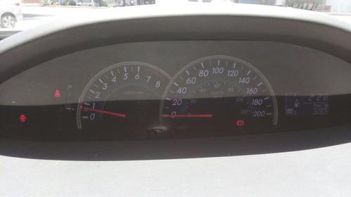 toyota yaris 1.5 sedan premium aa ee ra at ganalo y llevatel