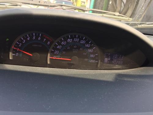 toyota yaris 1.5 sedan premium at