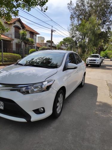 toyota yaris 1.5 sedan premium man mt 2014