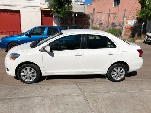 toyota yaris 1.5 sedan premium man mt 2014 blanco