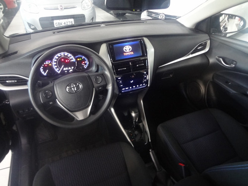 toyota yaris 1.5 xl plus tech 16v cvt 5p