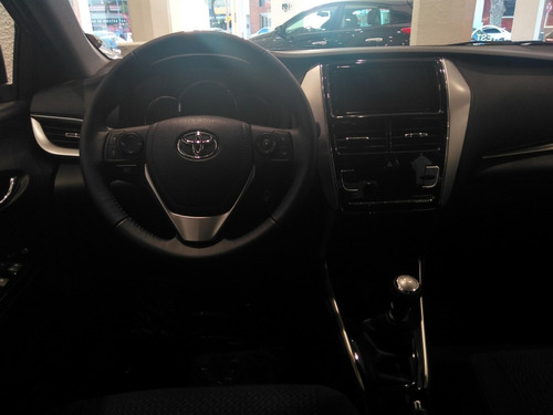 toyota yaris 1.5mt 107cv xls sedan, anticipo y cuotas*