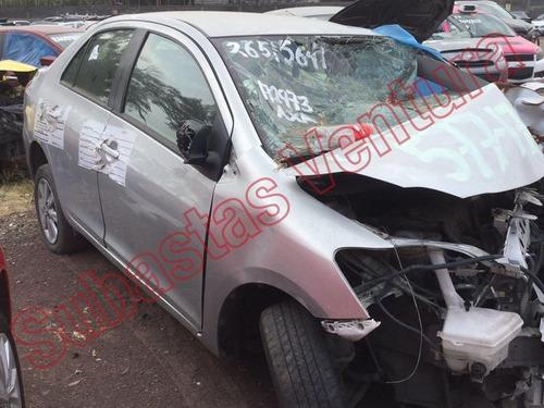 toyota yaris 2012 1.5 core sedan at para desarmar motor caja