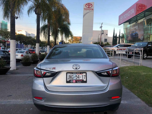 toyota yaris 2017 4p sedan r xle l4/1.5l aut