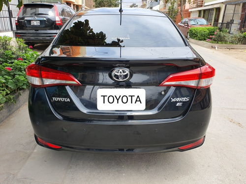toyota yaris 2018 full equipo - negociable