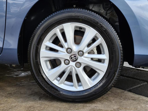 toyota yaris 2018 sedan 1.5 l automático azul a credito 4cil
