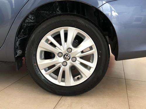 toyota yaris  5 puertas xls manual gi