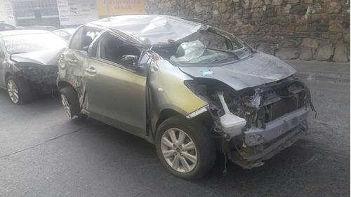 toyota yaris hatchback 2009 para partes
