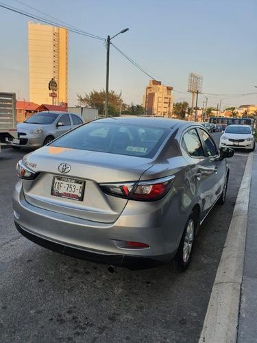 toyota yaris r 1.5 sedan mt 2016