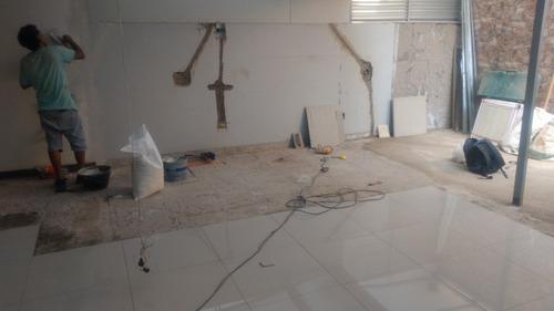 trabajos de construcción plomería y electricidad