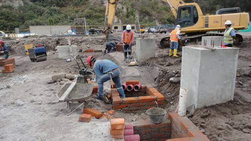 trabajos de construcción, readecuación o remod. de viviendas