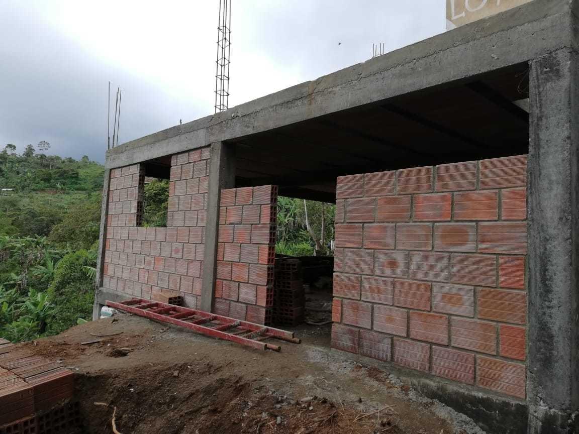 trabajos de construcion, reformas,y acabados en obra blanca