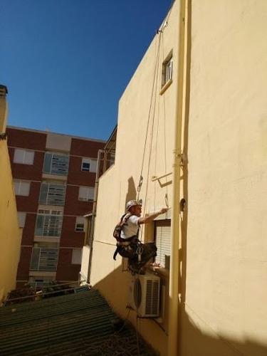 trabajos en altura para edificios sellado y pintura ext.
