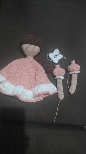trabalho manual em crochê. técnica do amigurumi