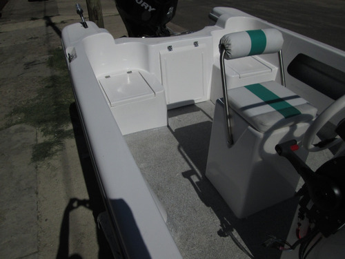 tracker albatros 640 standart  financio con cheque o tarjeta