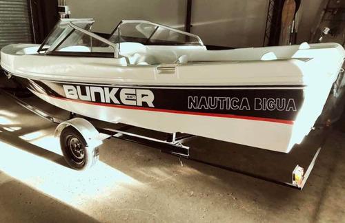 tracker bunker 550 open